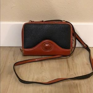 Dooney & Bourke 2-tone Leather Bag